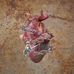 love, heart, digital manipulation, coming to life, fine art, composite, color, dark, photography, photograph, valentine, romantic, chain, lock, unlock, rusty, key, keyhole